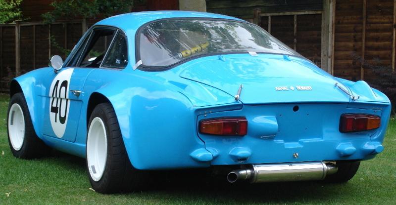Renault_Alpine_A110_pic4M